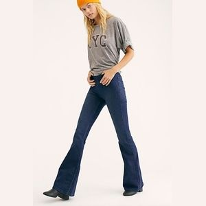 NWT Free People Penny Pull-On Flared Leg Jeans, 29